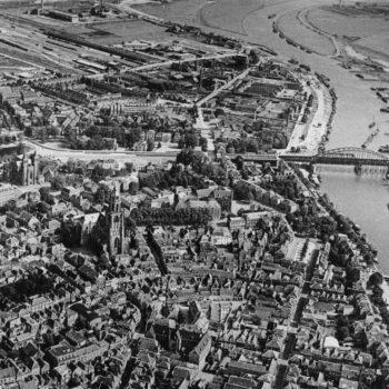 Arnhem bridge, a bridge too far - Holland Battlefield Tours